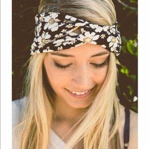 Blue Floral Headbands 🌼
